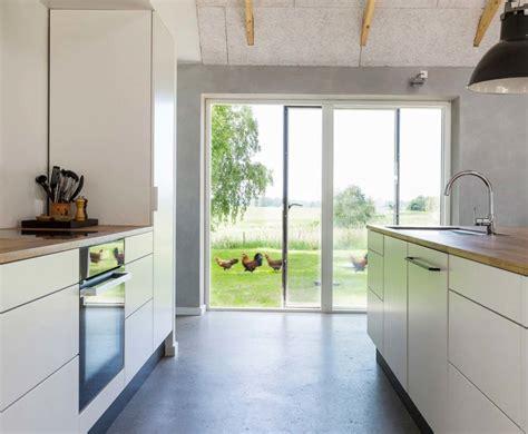 single sliding door   fixed sidelight  idealcombi uk