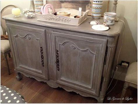 Amenager Chambre Bebe Peindre Cuisine Chene En Blanc Patine à L 39 Ancienne Sur Un Buffet En Chêne Massif