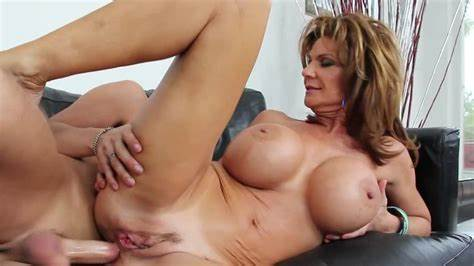 Curvy Ffm Yearn And Stretched Ladies Mom