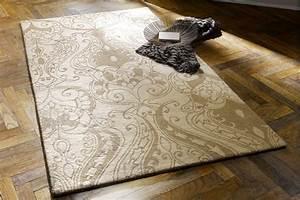 Tapis D Entrée Pas Cher : tapis baroque elegant beige espace rev tements pouteau 35 ~ Teatrodelosmanantiales.com Idées de Décoration