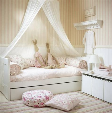 Pretty Girls Bedroom by I Spy Pretty More Pretty Little Girls Rooms
