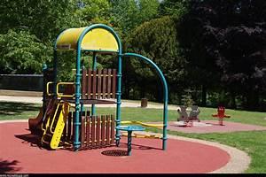 Aire De Jeux Extérieur Collectivité : aire de jeux et parc hennebont r cr atiloups ~ Preciouscoupons.com Idées de Décoration