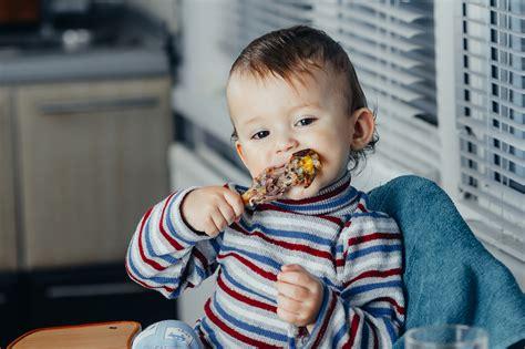 Dzelzs mazuļu uzturā: kāpēc ir vērts mazus bērnus radināt ...