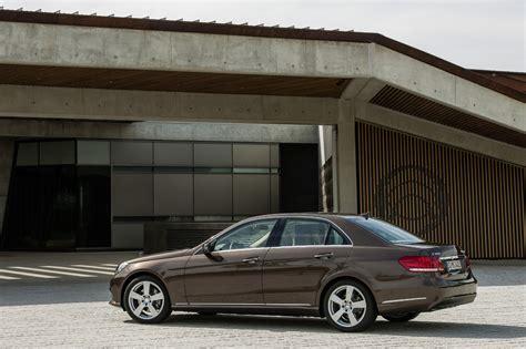 2018 Mercedes Benz E Class Sedan Gets Freshly Redesigned