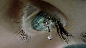 Most Beautiful Eyes with Tears Wallpapers 8   Cry Me A ...