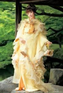 wedding d colorful wedding kimono from scena d uno 2010 wedding inspirasi