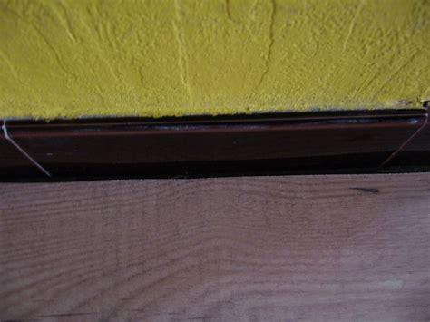 joint 224 mettre entre parquet flottant et anciennes plinthes