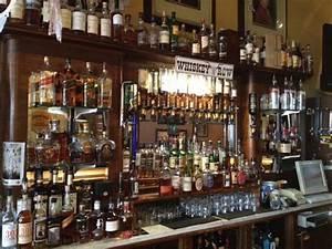 Whisky Bar Für Zuhause : legendary whiskey bars denver 39 s whiskey bar ~ Bigdaddyawards.com Haus und Dekorationen