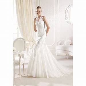 Fit n flare halter lace tulle floor length chapel train for Fit and flare tulle wedding dress