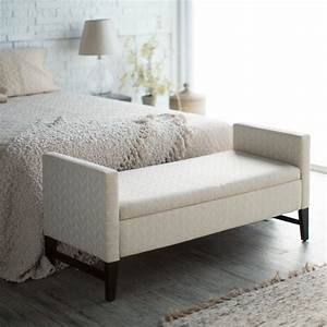 Coffre Pied De Lit : bout de lit coffre un meuble de rangement astucieux ~ Teatrodelosmanantiales.com Idées de Décoration