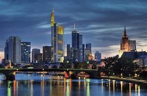 Skyline Frankfurt Bild : skyline frankfurt skyline am abend architektur view fotocommunity ~ Eleganceandgraceweddings.com Haus und Dekorationen