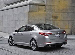 2011 Kia Optima  Magentis Makes Official Debut At Nyias