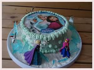 Gateau Anniversaire Reine Des Neiges : g teau aux fraises et chocolat blanc la reine des neiges ~ Melissatoandfro.com Idées de Décoration