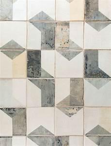 Fliesen Mit Muster : 50 originelle ideen wie sie die fliesen streichen ~ Michelbontemps.com Haus und Dekorationen