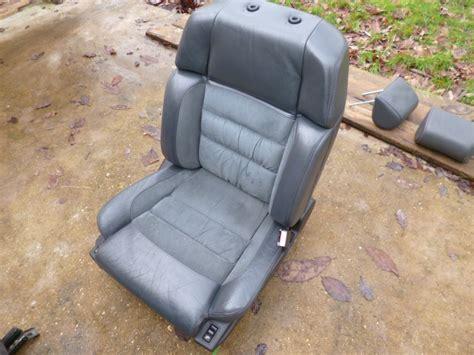 nettoyage siege cuir voiture nettoyage et choix des sièges en cuir et alcantara jilks
