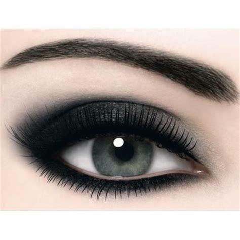 applying black eyeshadow properly     panda amazingmakeupscom