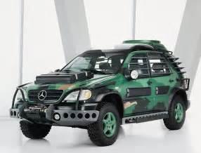 Mercedes ML Jurassic Park