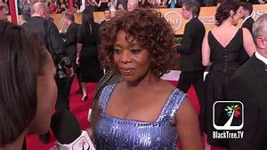 Alfre Woodard on the Red Carpet discussing 12 Years A ...
