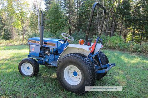 ford holland  diesel tractor farm garden turf