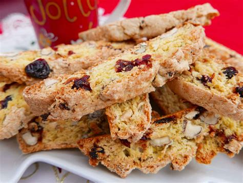These biscotti taste like christmas. Cranberry Apricot Biscotti : Apricot Cheesecake Biscotti 2 ...