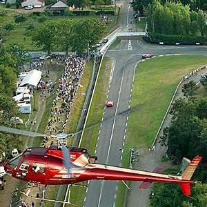 Arnage Le Mans : 24h du mans le virage d 39 arnage 24h du mans pinterest ~ Medecine-chirurgie-esthetiques.com Avis de Voitures
