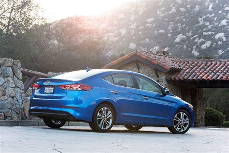 2017 Hyundai Elantra Reviews And Rating