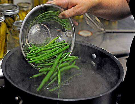 blanching vegetables master the art of blanching vegetables