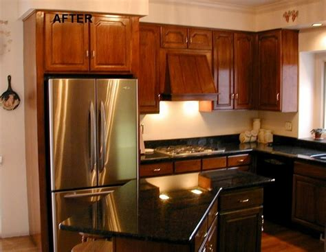 restain kitchen cabinets