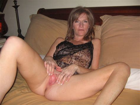 In Gallery Milf Wife Pussy And Ass Picture