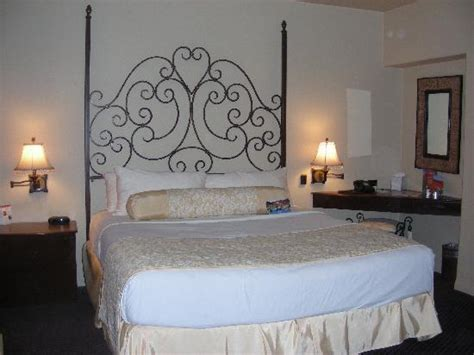 2 bedroom hotels in palm springs 2 bedroom 2 bath suite picture of andreas hotel spa