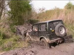 4x4 Dans La Boue : aventure land journ e terrain 4x4 bain boue youtube ~ Maxctalentgroup.com Avis de Voitures