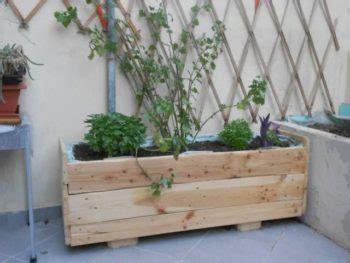 30 DIY Wood Pallet Planter Ideas   Inhabit Zone