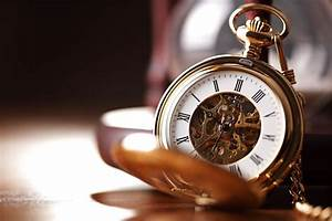 Can happiness be synthesized with time management?