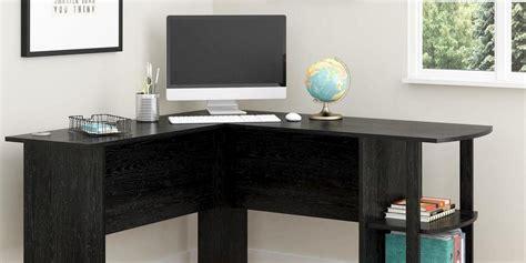 corner desks  turning  space
