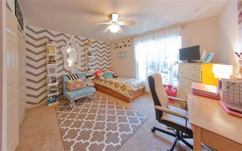 Dorm Rooms : Windsor Hall Single Dorm Rooms Vs Univeristy Of Florida
