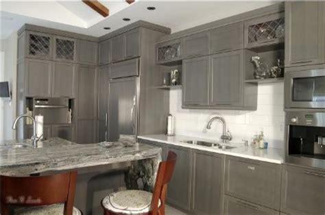 recouvrement armoire de cuisine décoration cuisine armoire exemples d 39 aménagements