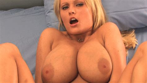 Tumblr M6x2g0lvmo1rnmqv4o1 500  In Gallery Sex