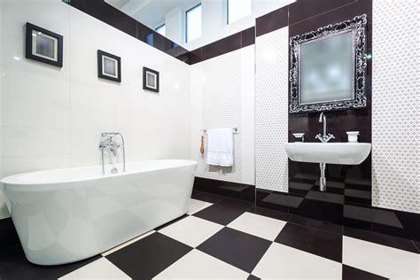 tips  bathroom wall decor printmepostercom blog