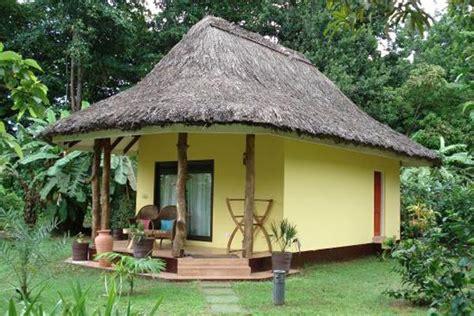 beautiful garden house designs adding leaisure  studio  living spaces