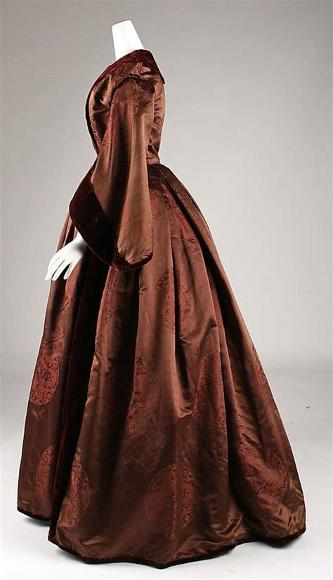 having constant hot flashes 2374 best images about women s fashion 1800 s on pinterest