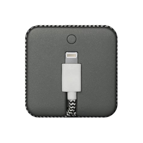 iphone battery jumps jump cable the world s 2 in 1 cable battery