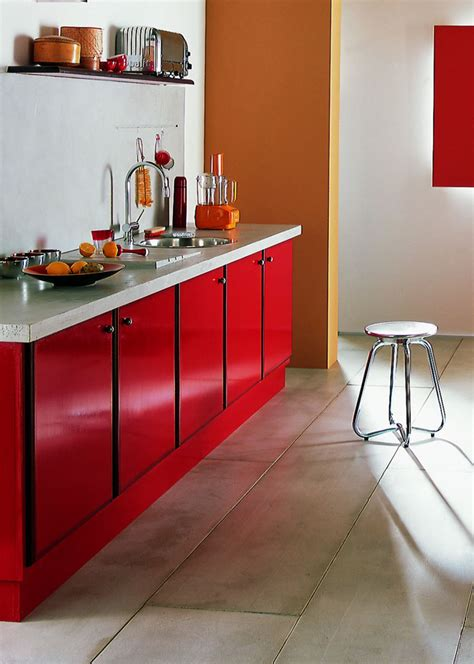 repeindre les meubles de cuisine comment repeindre un meuble de cuisine