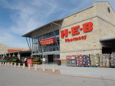 Texas Grocery Giant Among America's Favorite Stores, Says