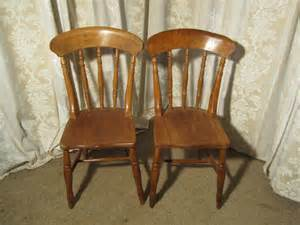 country kitchen chair a pair of beech elm country kitchen dining chair 2753
