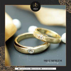 Gambar Cincin Tunangan Terbaru dan Bedanya Dengan Cincin Kawin
