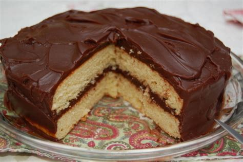 yellow cake with chocolate icing yellow cake with boiled chocolate frosting cooking from 1513