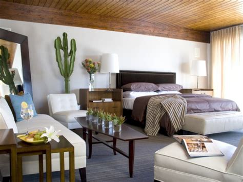 10 Ways To Maximize Space In A Small Bedroom  Freshomecom
