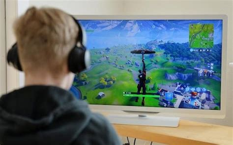 fortnite warning  schools  parents game  making
