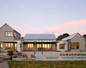 one story farmhouse modern farmhouse houzz