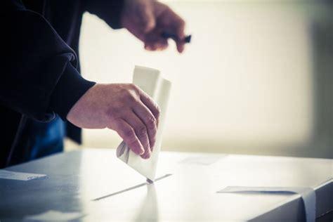 cosa portare in ceggio come si vota